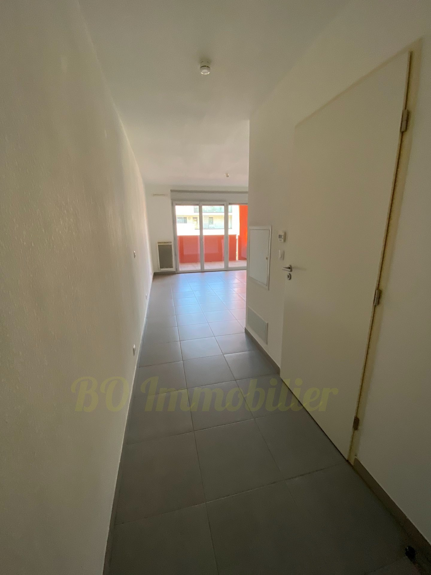 Studio de 26.40m² + terrasse de 6.90m² + 1 parking