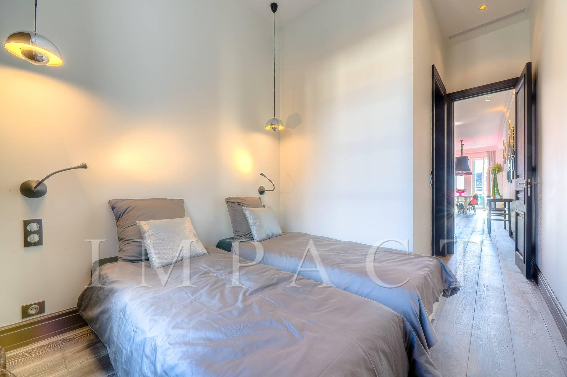 Beautiful apartment to rent in front of the Palais des Festivals, Cannes