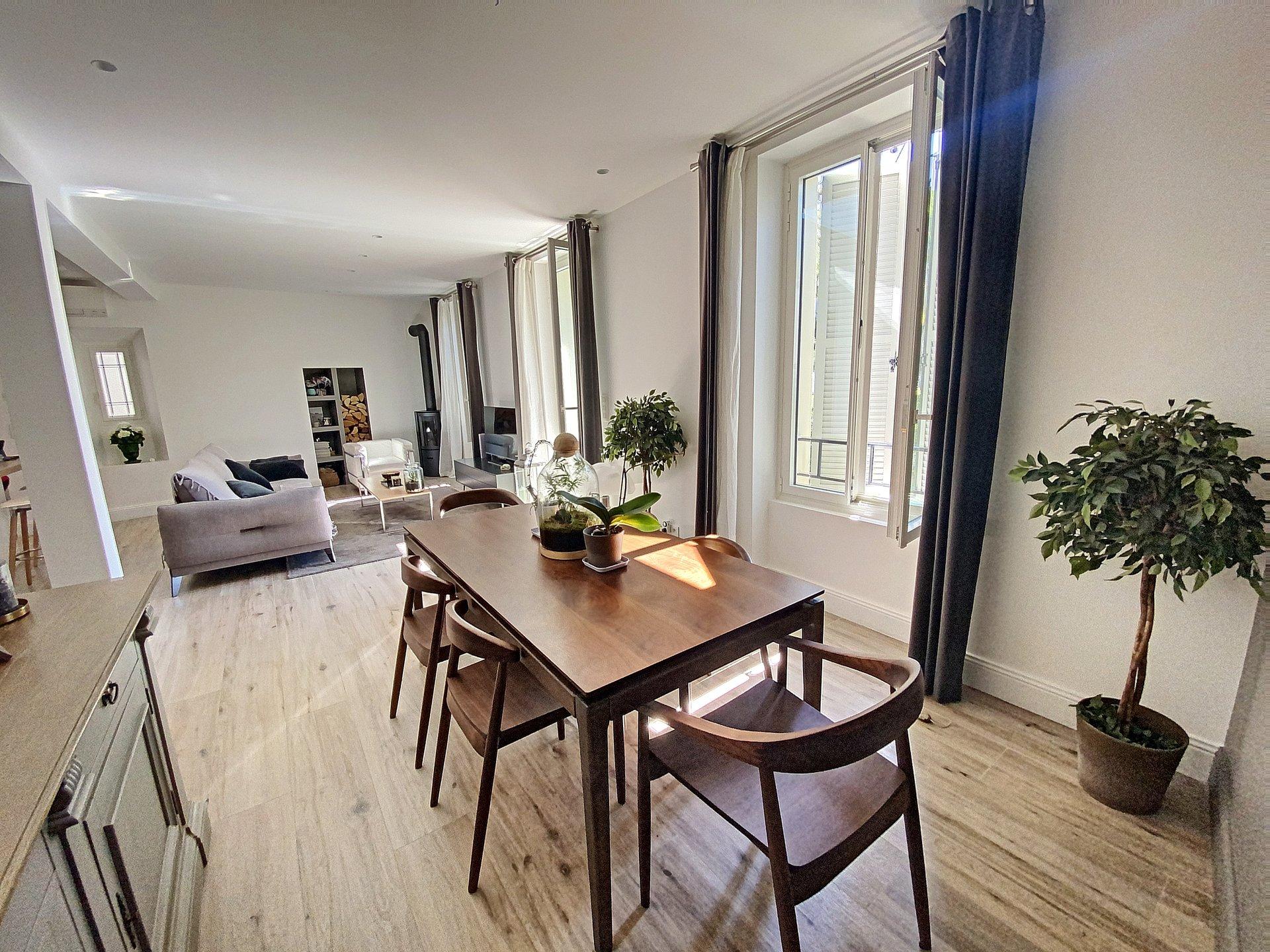 Cannes villa 160 m2 renové secteur Petit Juas / piscine