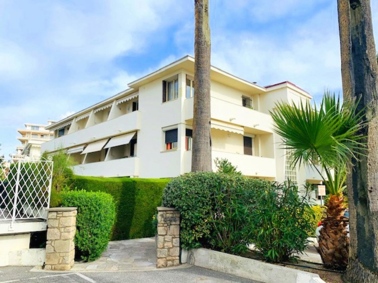 A Vendre, Studio avec jardin, Cannes Palm Beach