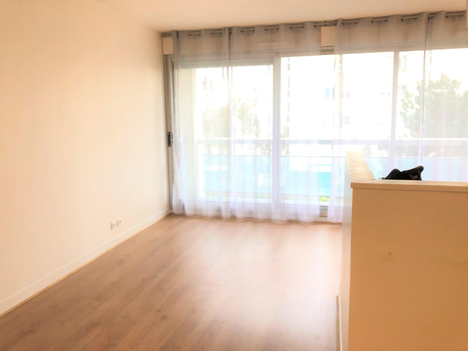 Charmant Studio de 25.60 m² au Calme à Clichy