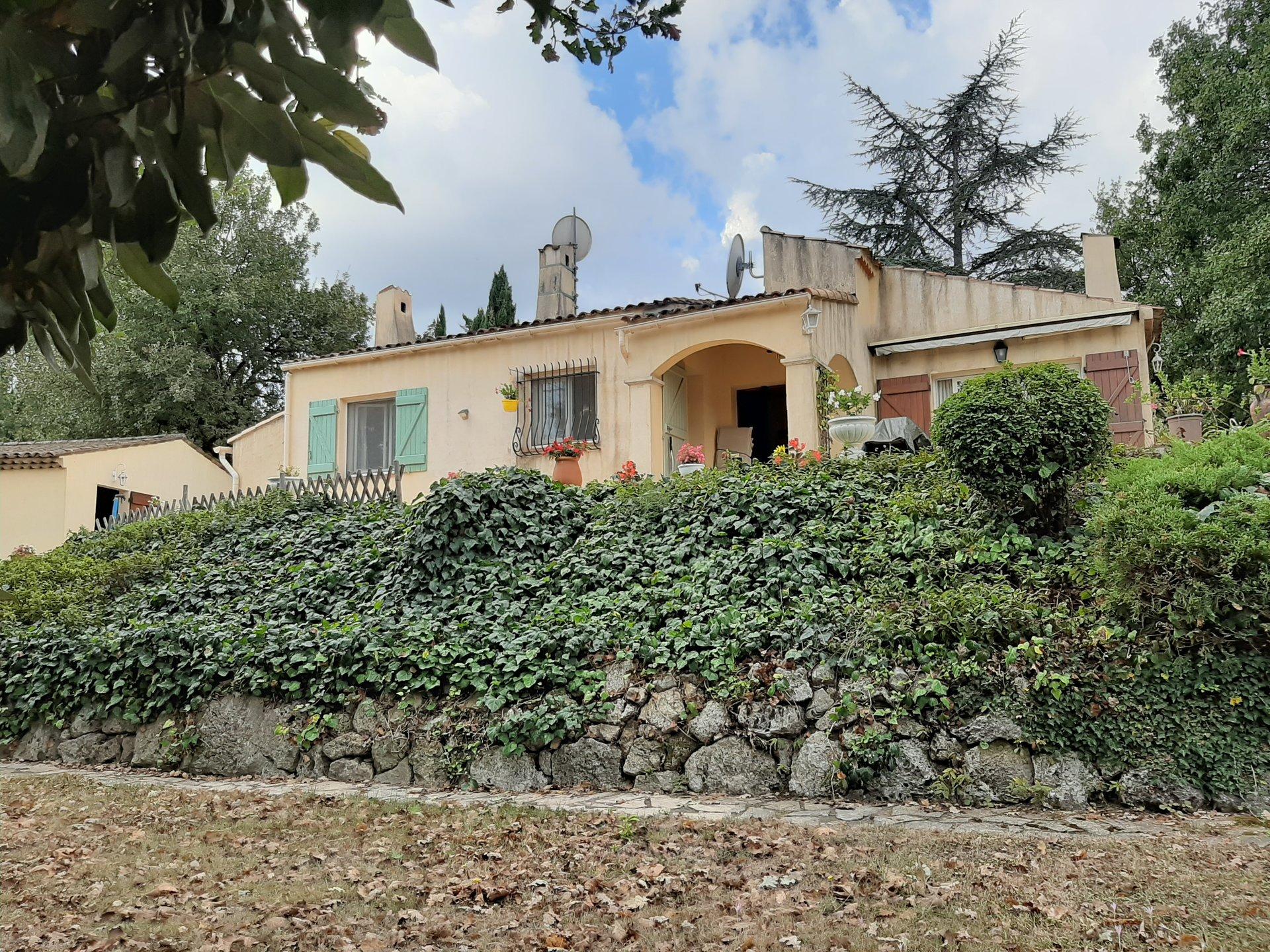 Villa with view Callian