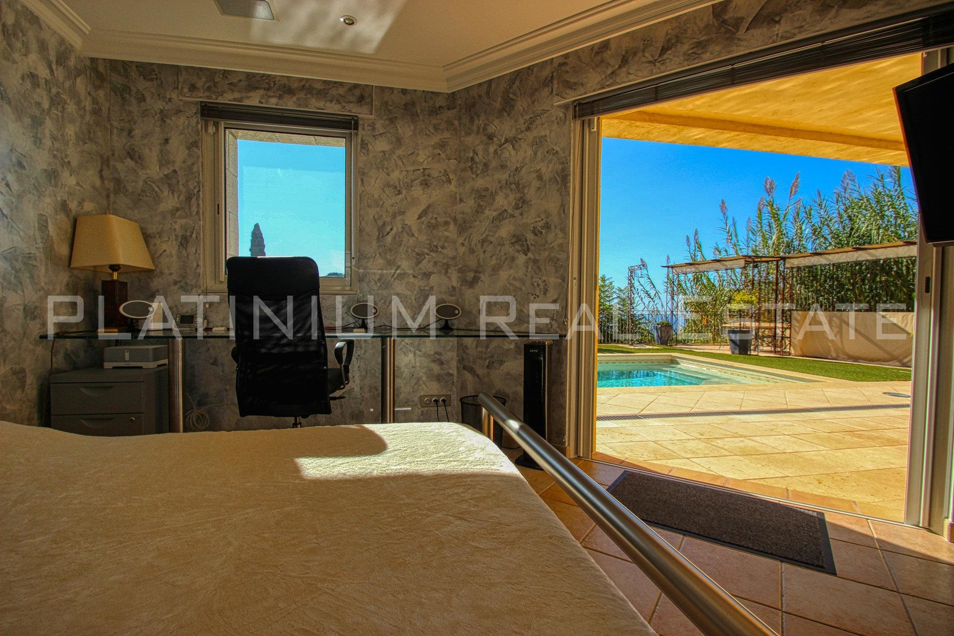 "EZE ""VILLAGE"" - PROPERTY WITH 2 VILLAS 450M²