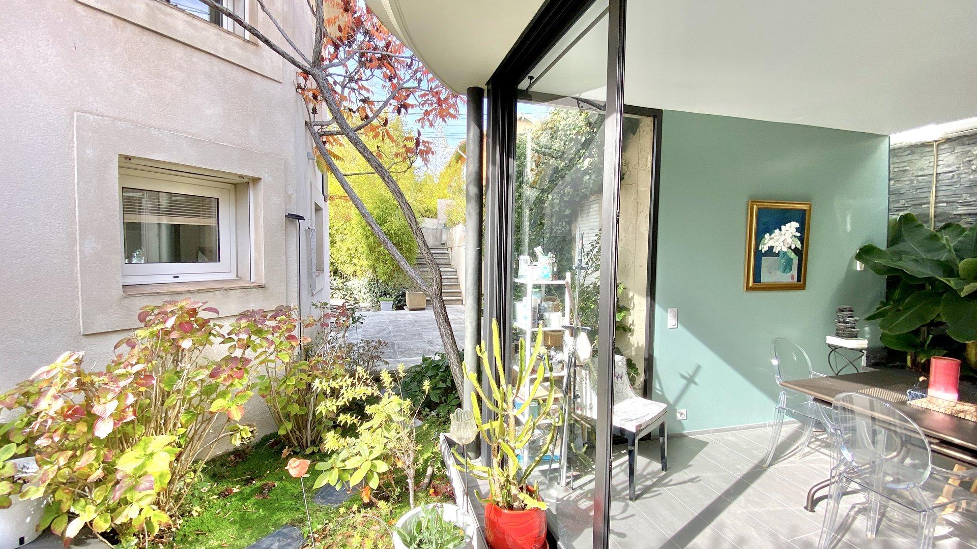 VILLA D'ARCHITECTE / AIX CENTRE VILLE