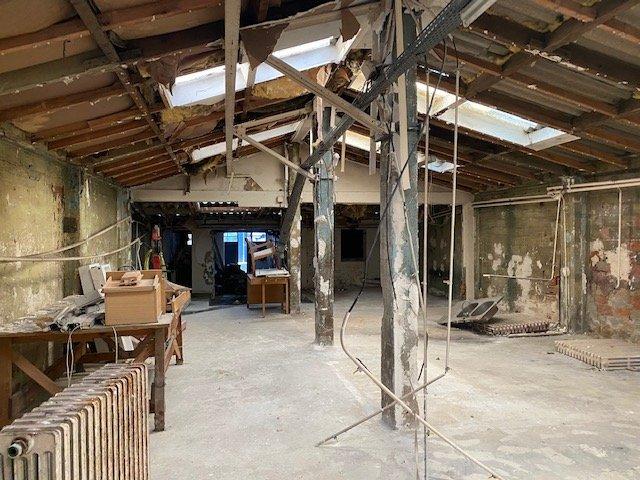 ATELIER LOFT d'environ 200 m²