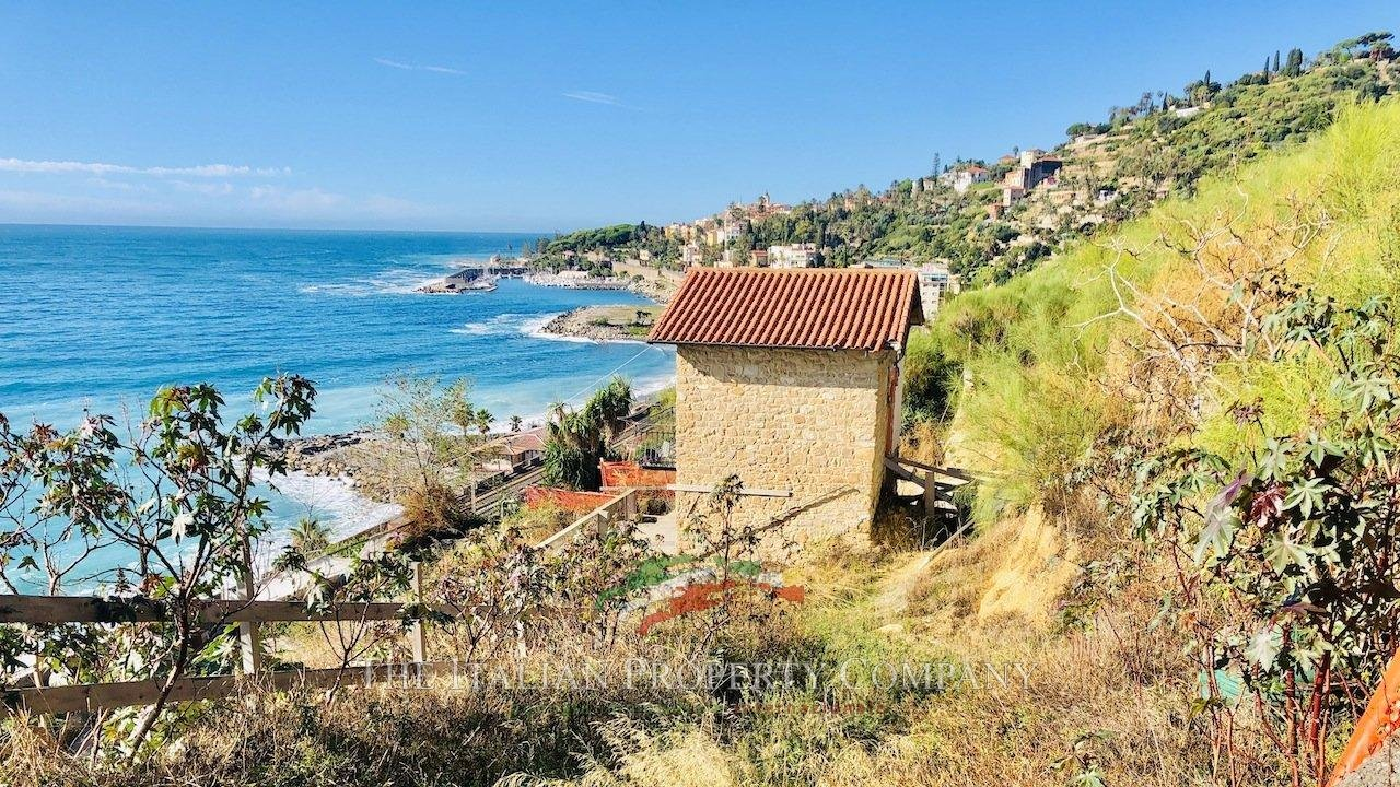 Sale Building land Bordighera