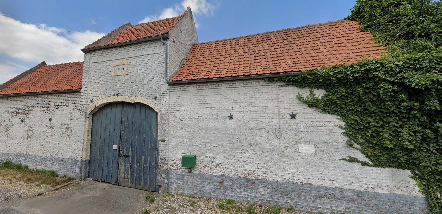 Sale Barn - Faumont