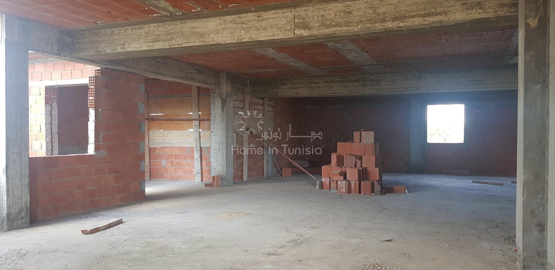 Immeuble  R+3 inachevé  a vendre, cité jaouhara, sousse