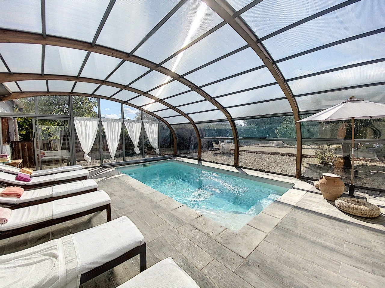Cotignac, luxe villa met vier suites en zwembad
