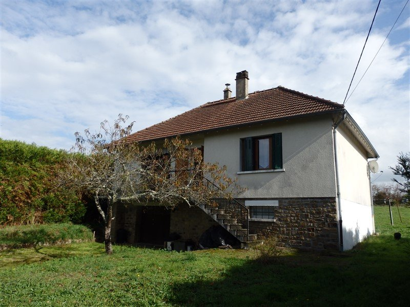 For Sale House with Large Garden in Darnac - Haute Vienne