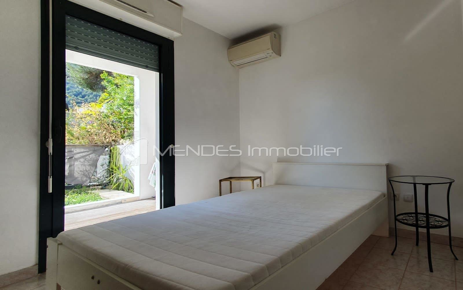 beautiful 2 roomsin beausoleil