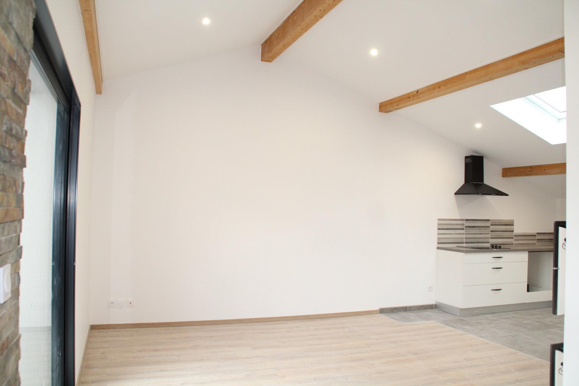 Appartement de 80m² refait à neuf avec garage et terrasse