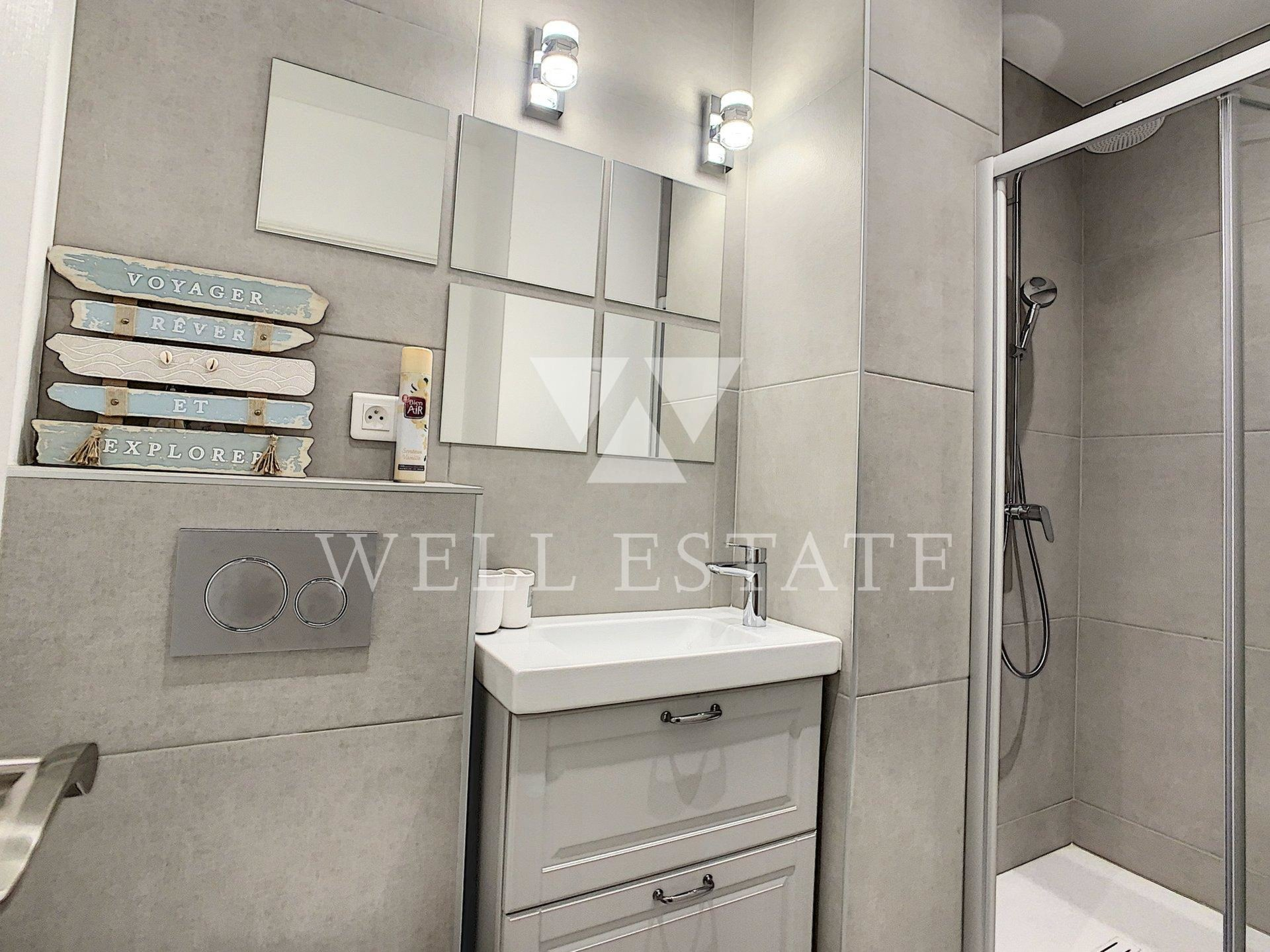 3 ROOM APARTMENT 50M2 - RENOVATED- CLOSE TO THE CANNES CENTER