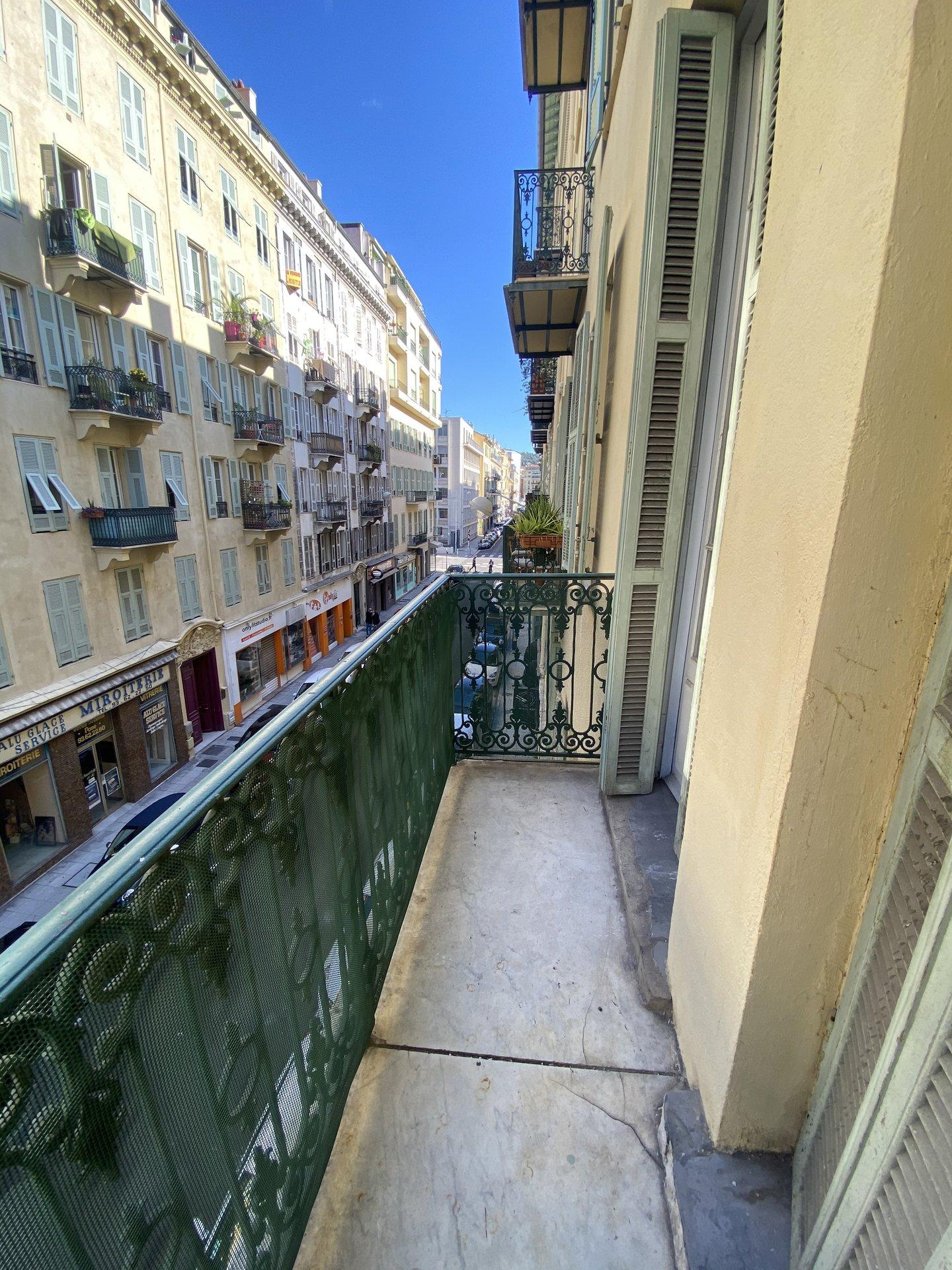 2 pièces balcon - Tonduti de l'Escarène