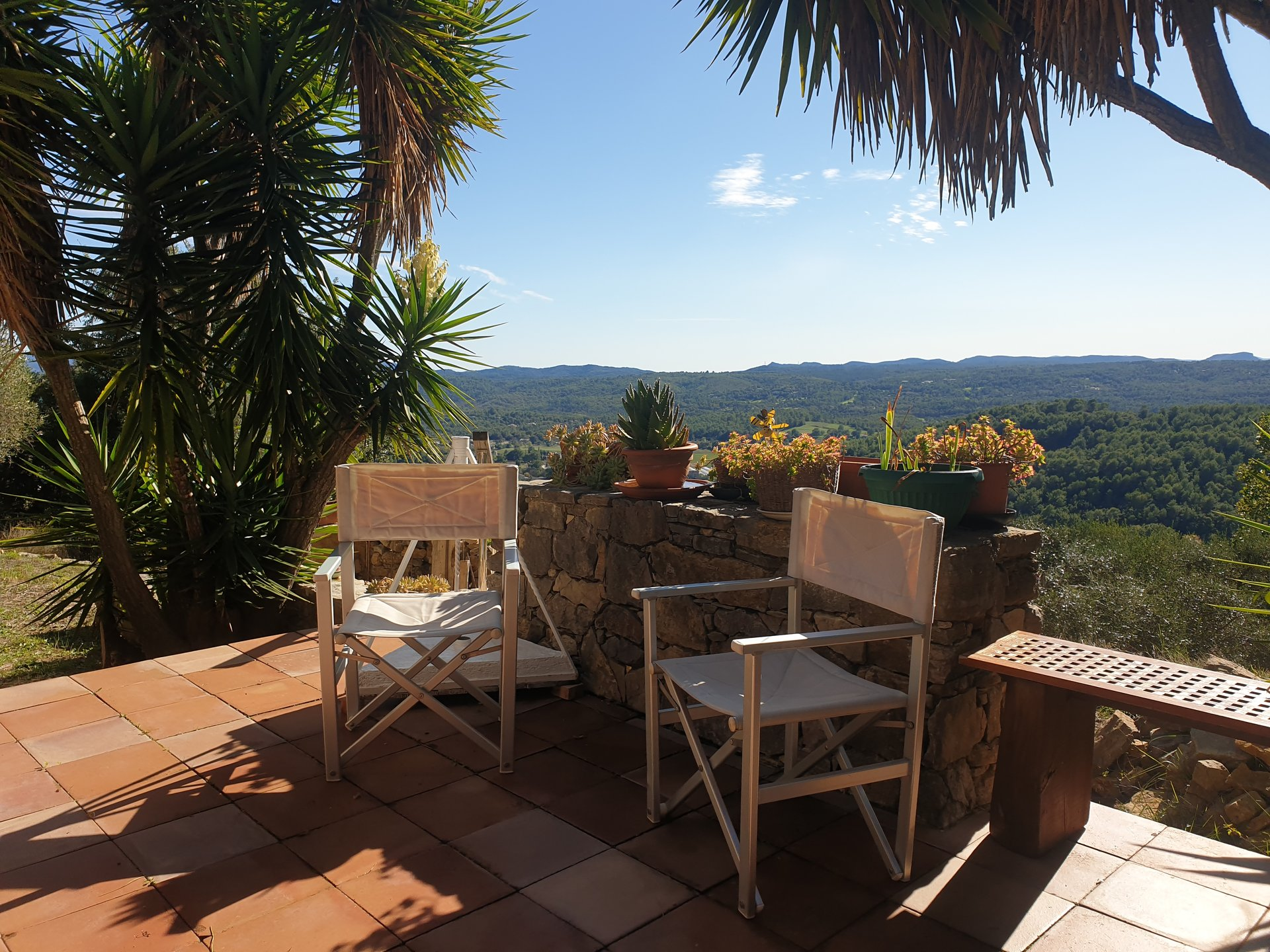 Provençal villa with stunning views & walking distance to the village of Callian