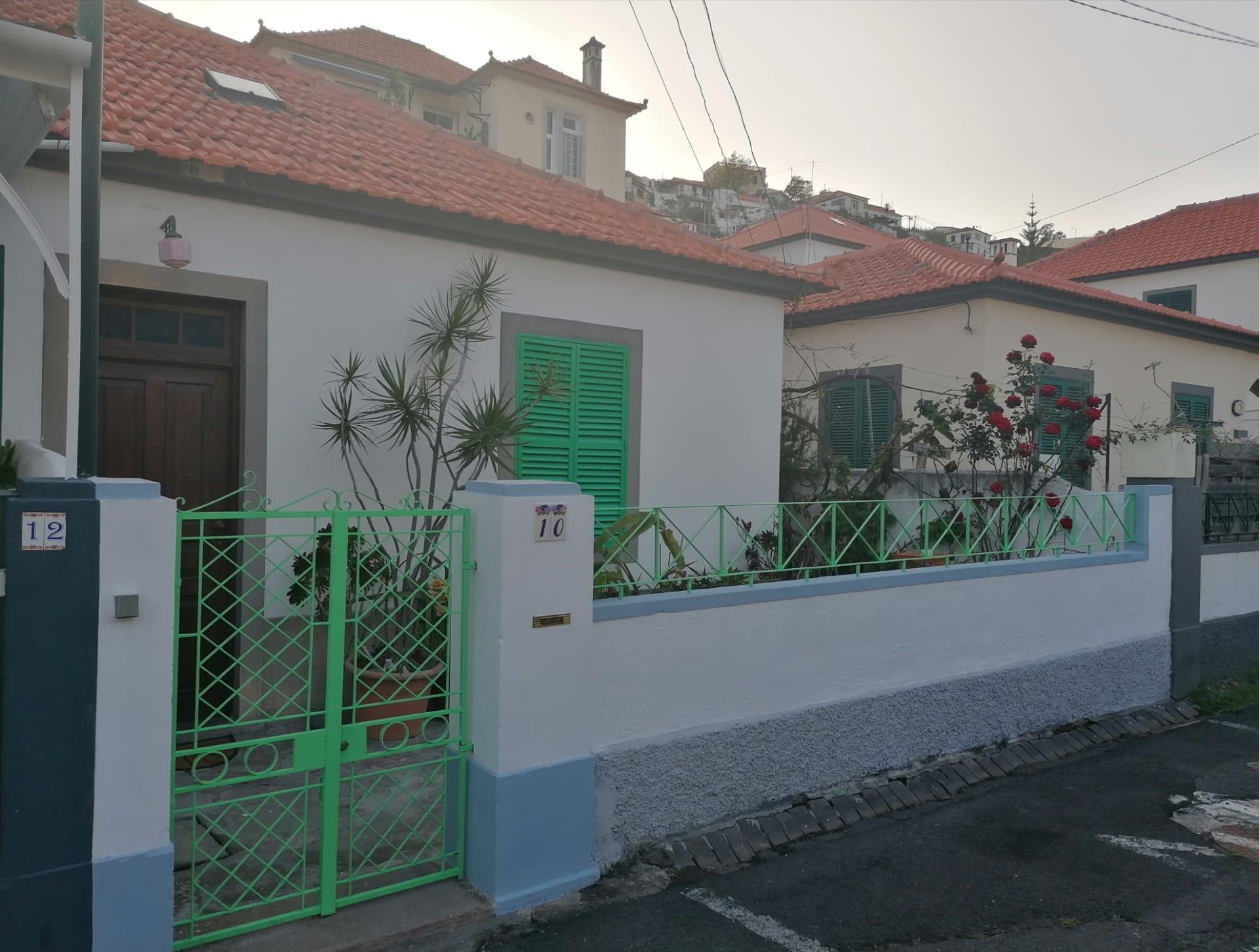 Maison de ville traditionnelle à 500 metres du centre de Funchal