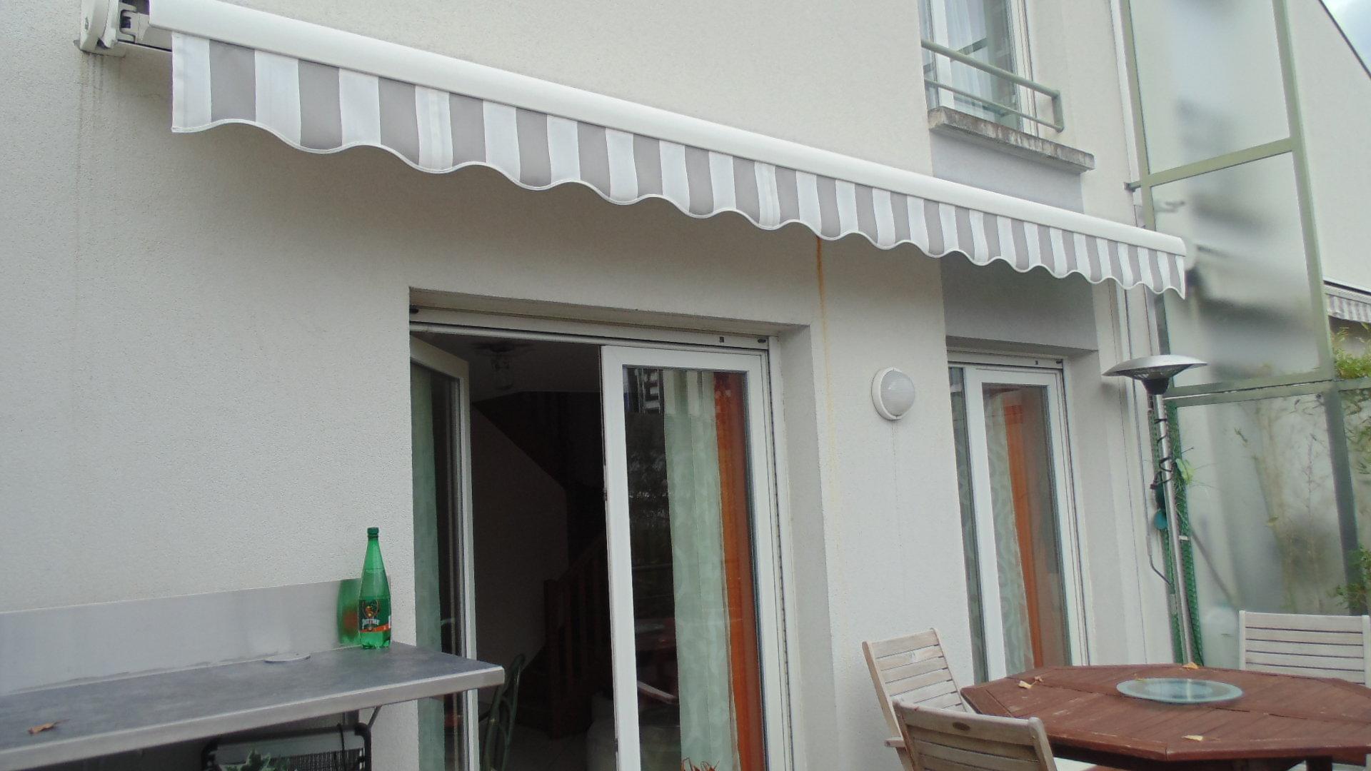 T4 avec terrasse - dernier étage - Grenoble - gendarmerie