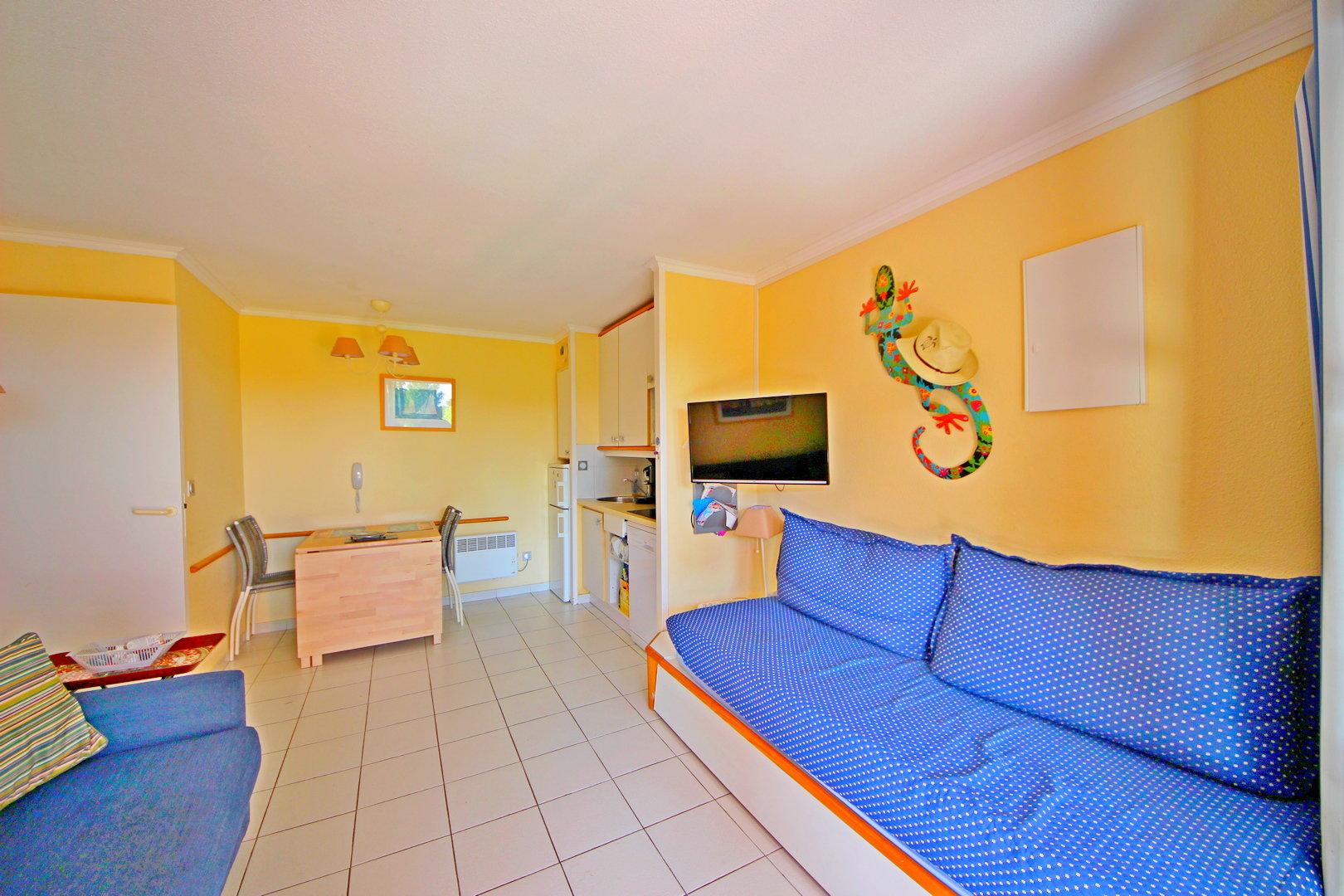 CAP ESTEREL 1 BEDROOM ON GROUND FLOOR