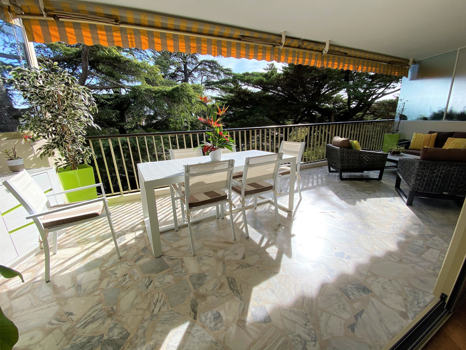 CANNES VENTE 3 PIECES ETAGE ELEVE