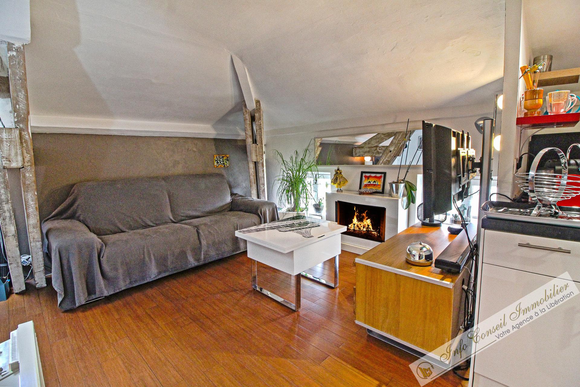 LIBERATION - Malausséna - Dernier étage - 27 m² - TBE - 145.000 €