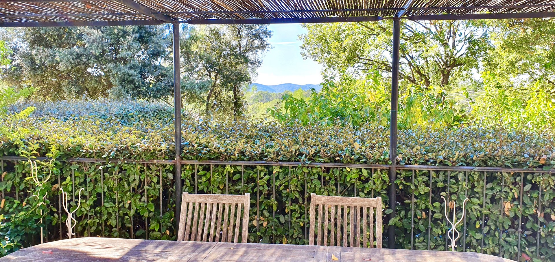 Beautiful family home with 5 bedrooms,  in the south of France.