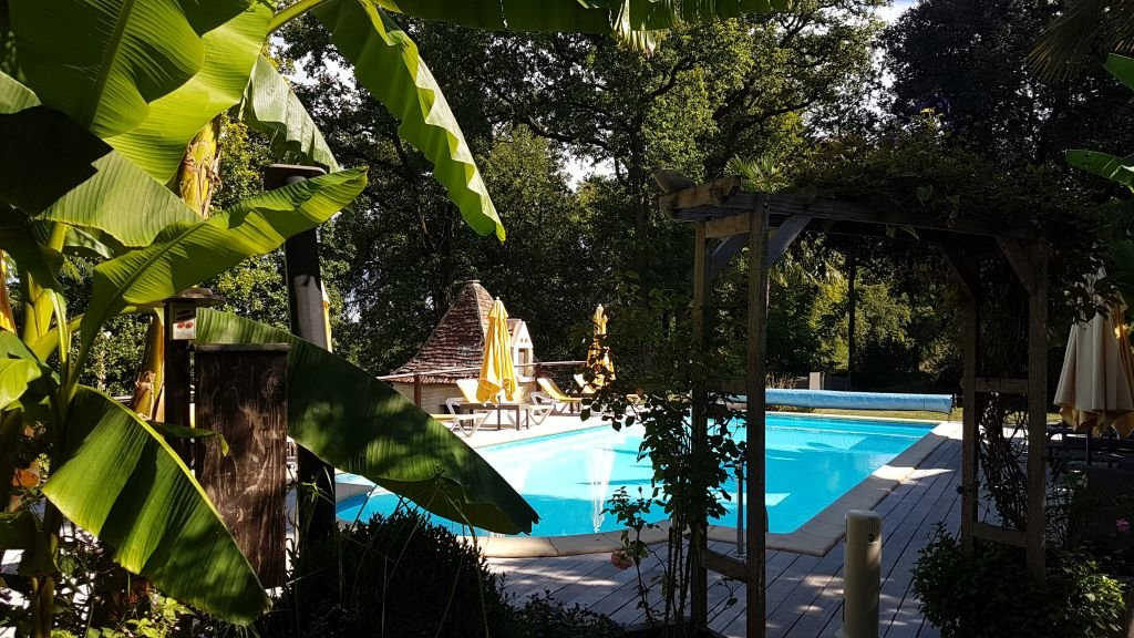 DORDOGNE - Luxe chambres d'hôtes met gîtes en zwembad op ca 8,5 ha