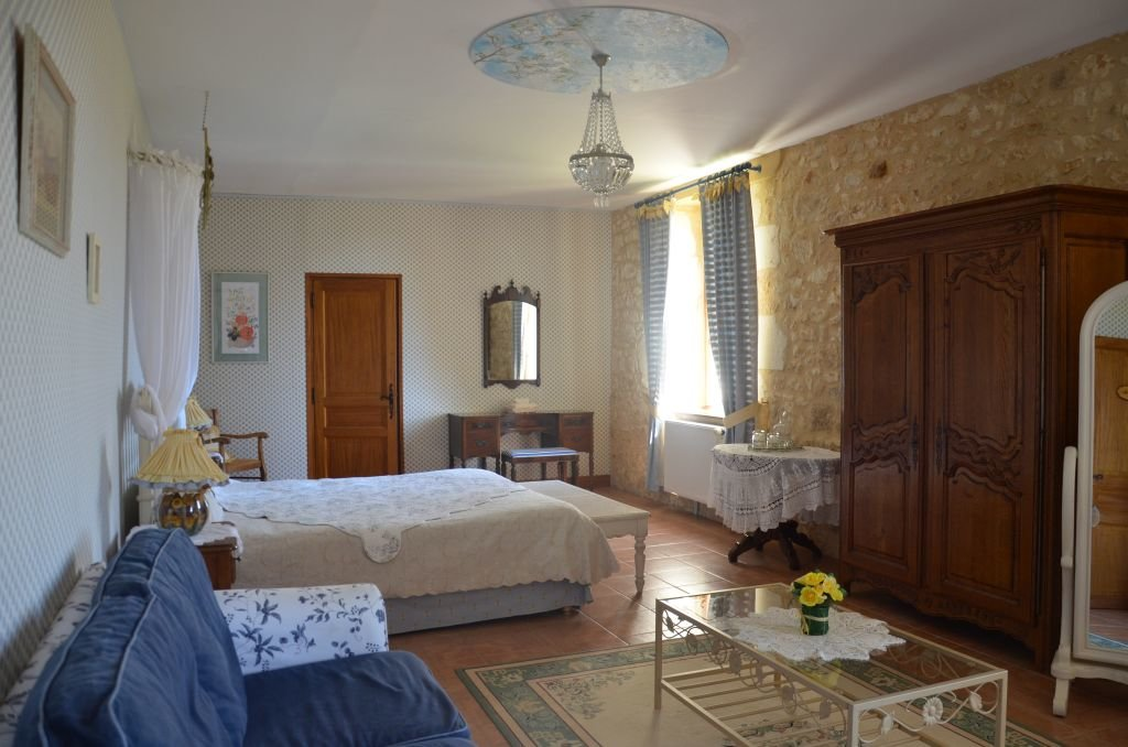 DORDOGNE - Luxurious B&B with guesthouses and pool on ca 8,5 ha