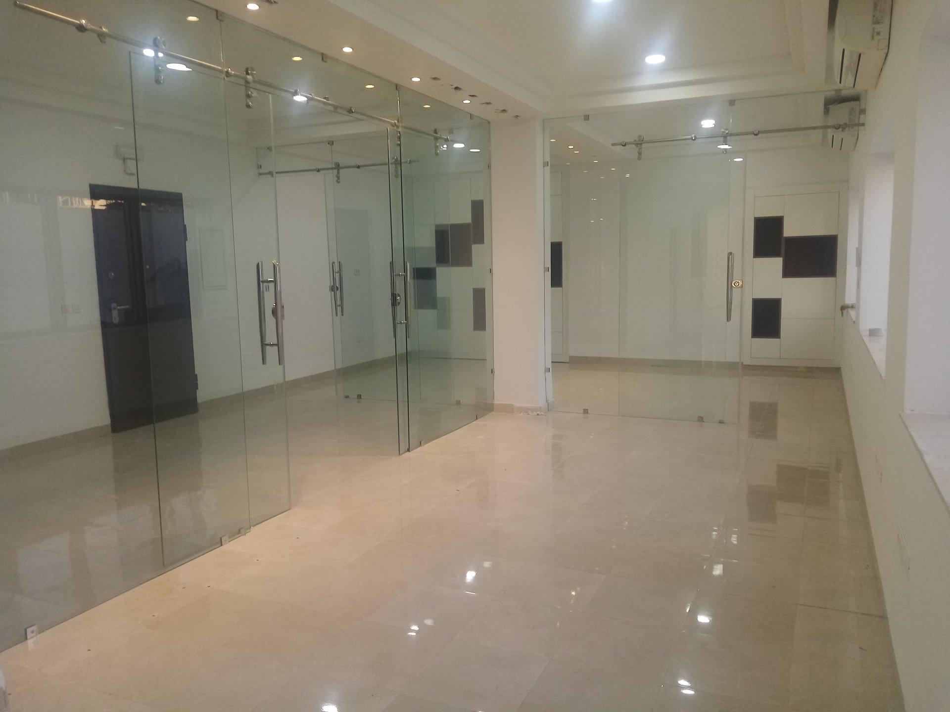 Bureau open-space 214m² Lac 2