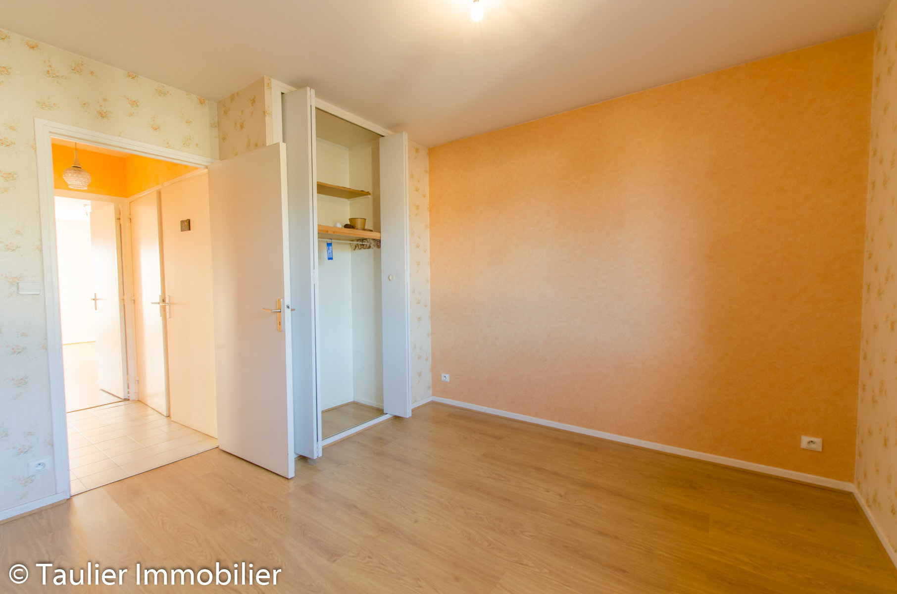 Bel appartement T3 au dernier étage avec ascenseur, vendu loué et garage