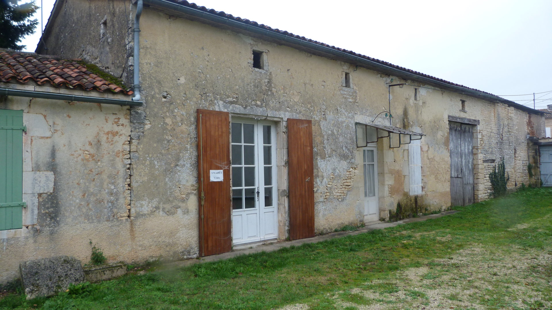 Sale Village house - Aunac
