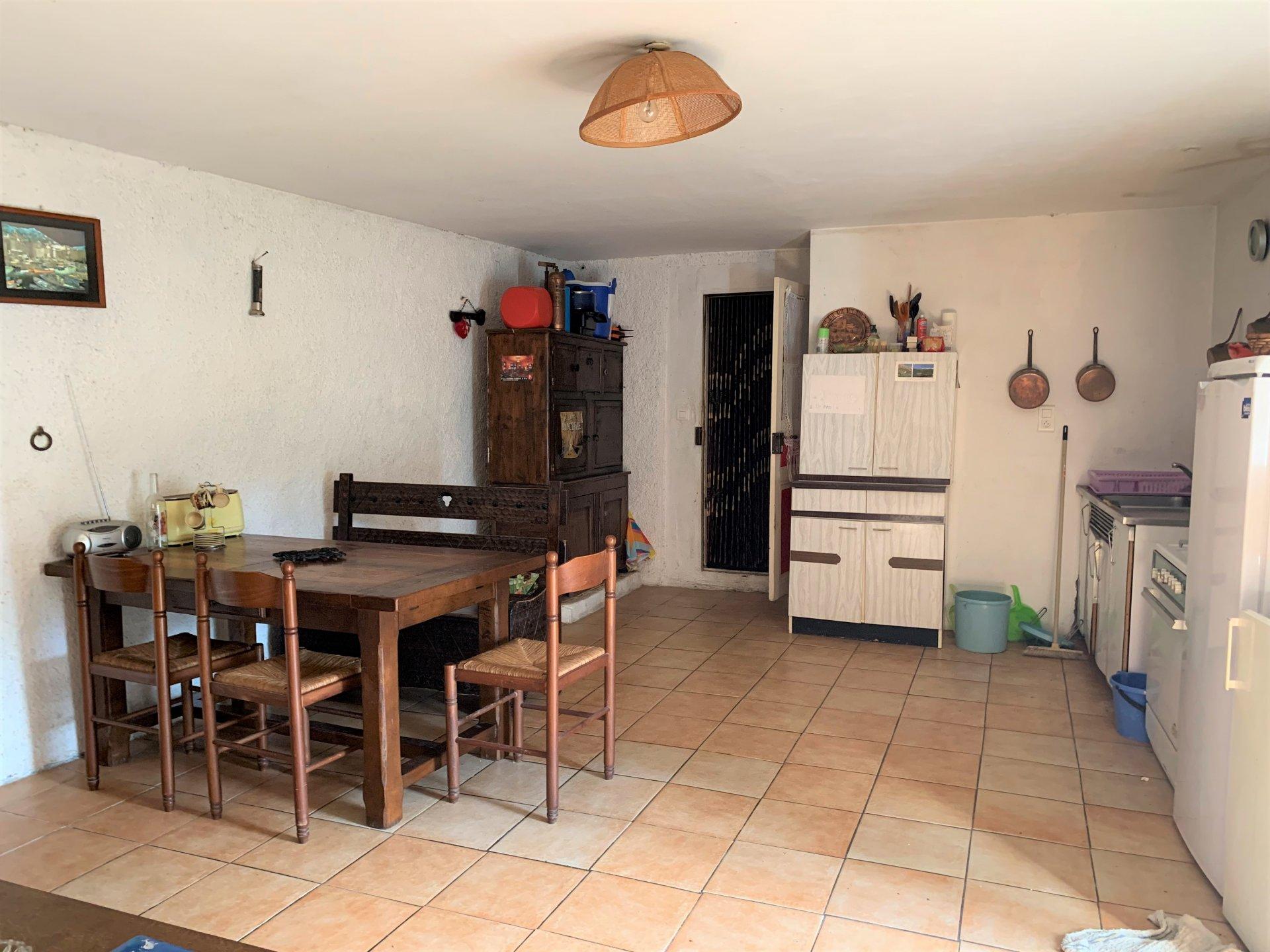 Sale House - Fraissé-des-Corbières
