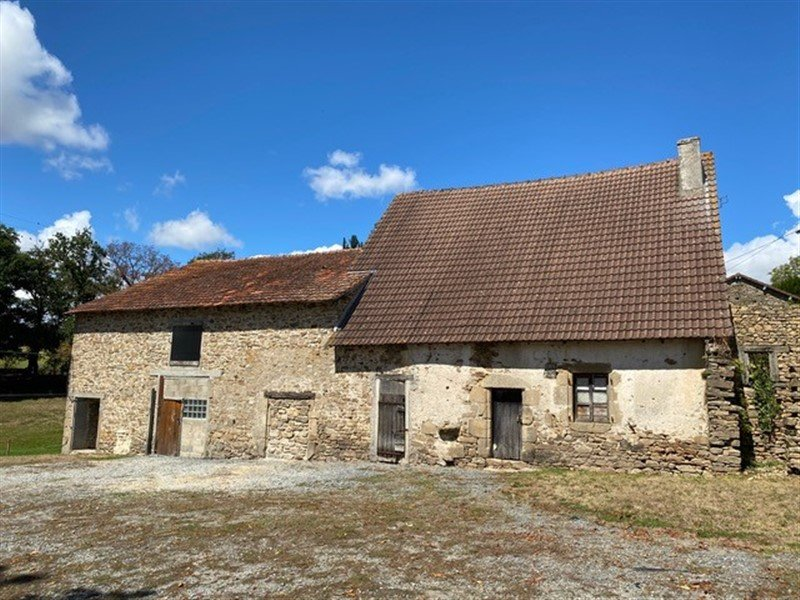 For Sale House and Land Dompierre les Églises - Haute Vienne