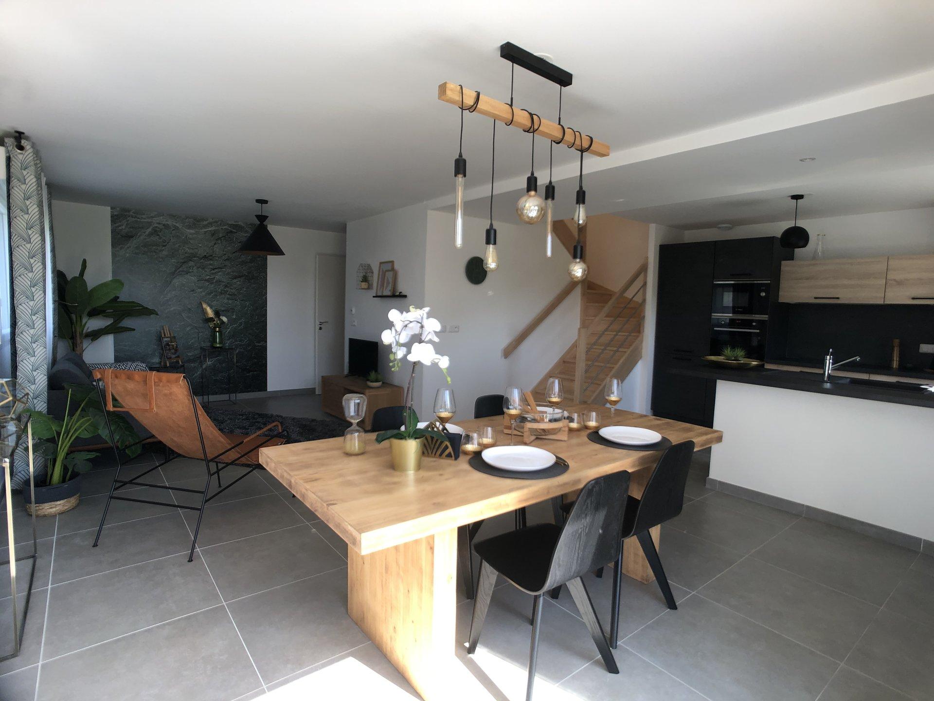 4P - 92 m² - DUPLEX JARDIN - FAVERGES