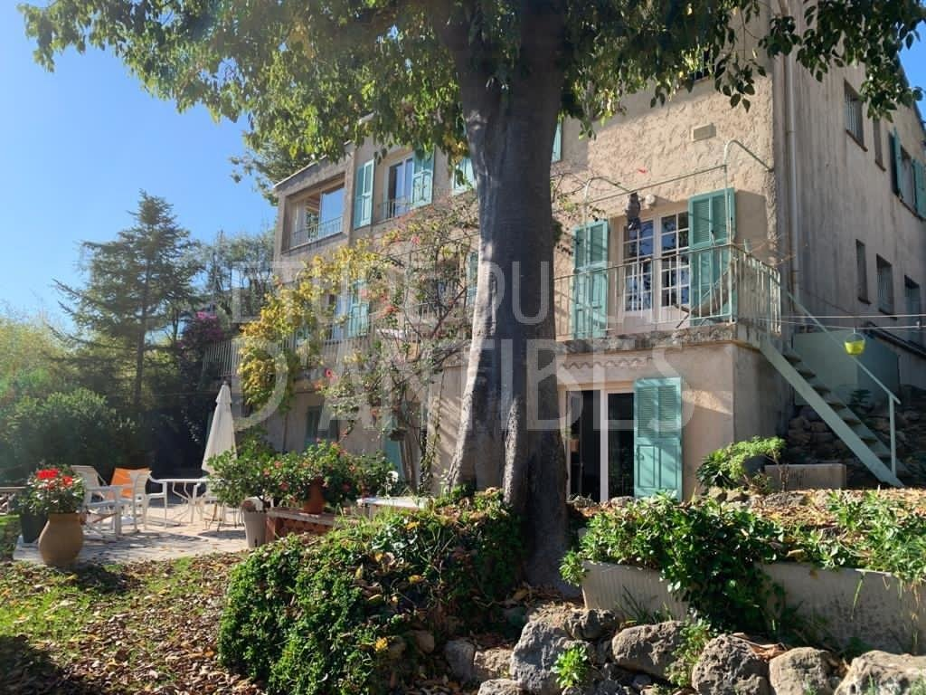 Villa for sale - Antibes - Ilette