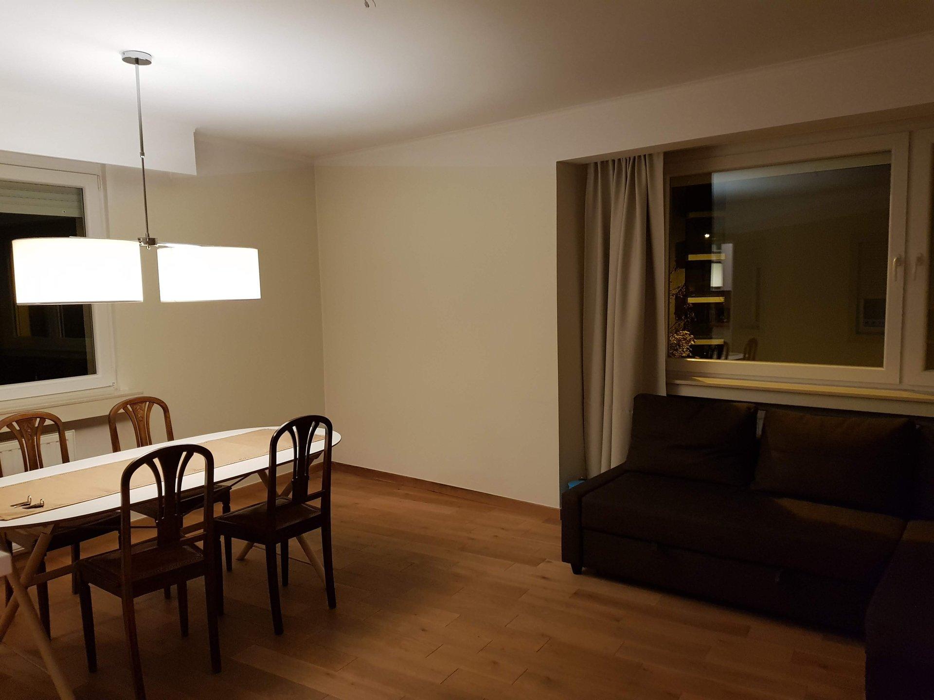 Bel appartement avec 1 chambre a couche non-meublé  en centre ville