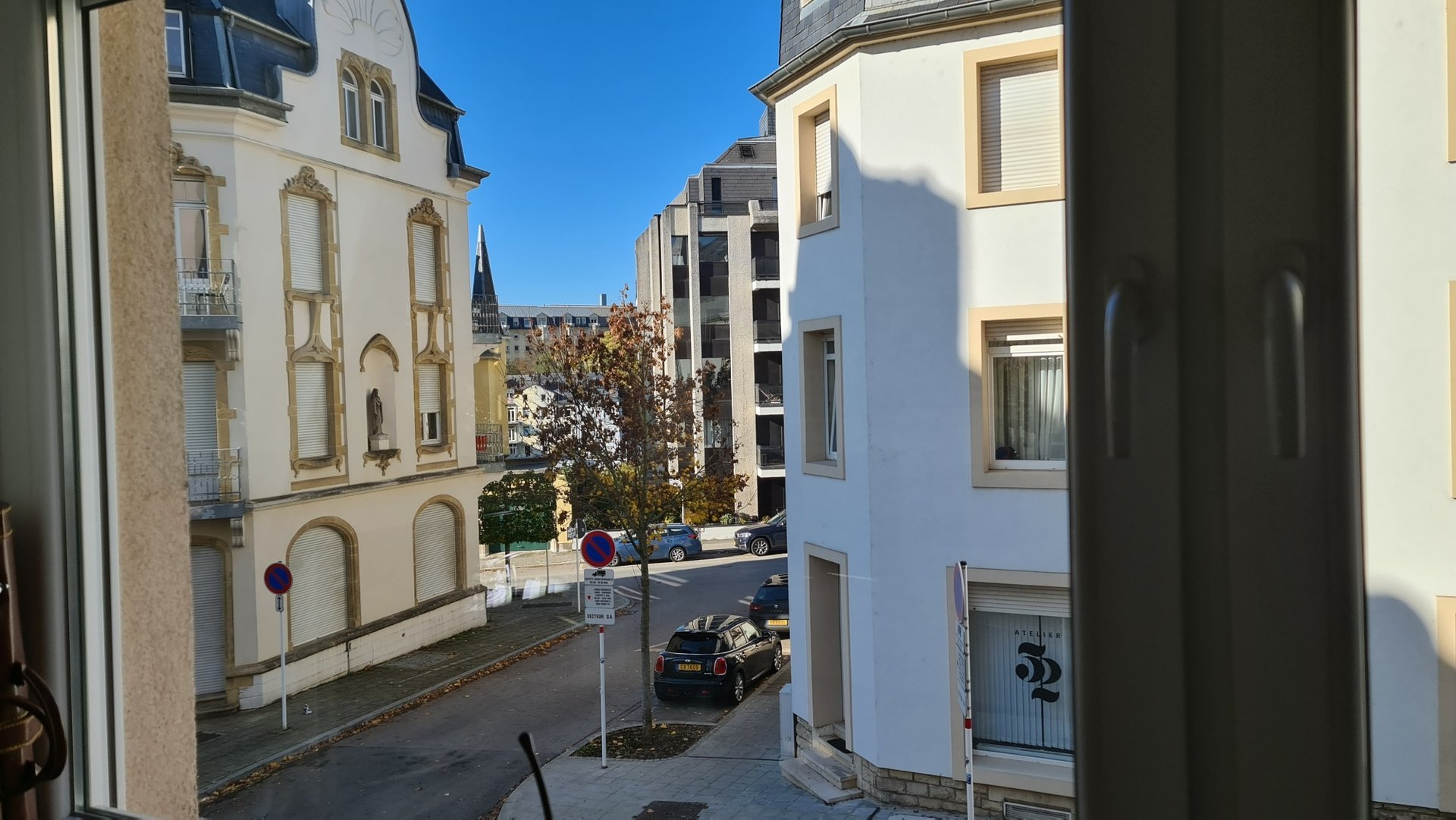 Charming and bright 1 bedroom apartment in the city center