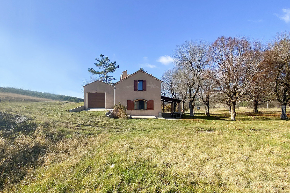 For sale in Caussols - Beautifully renovated, 3 bedroom, farmhouse with stunning views of the plateau of Caussols
