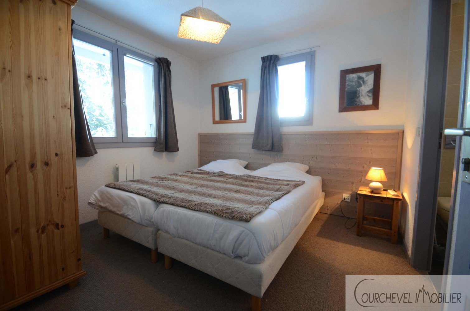 10 ROOMS CHALET  - COURCHEVEL LA TANIA