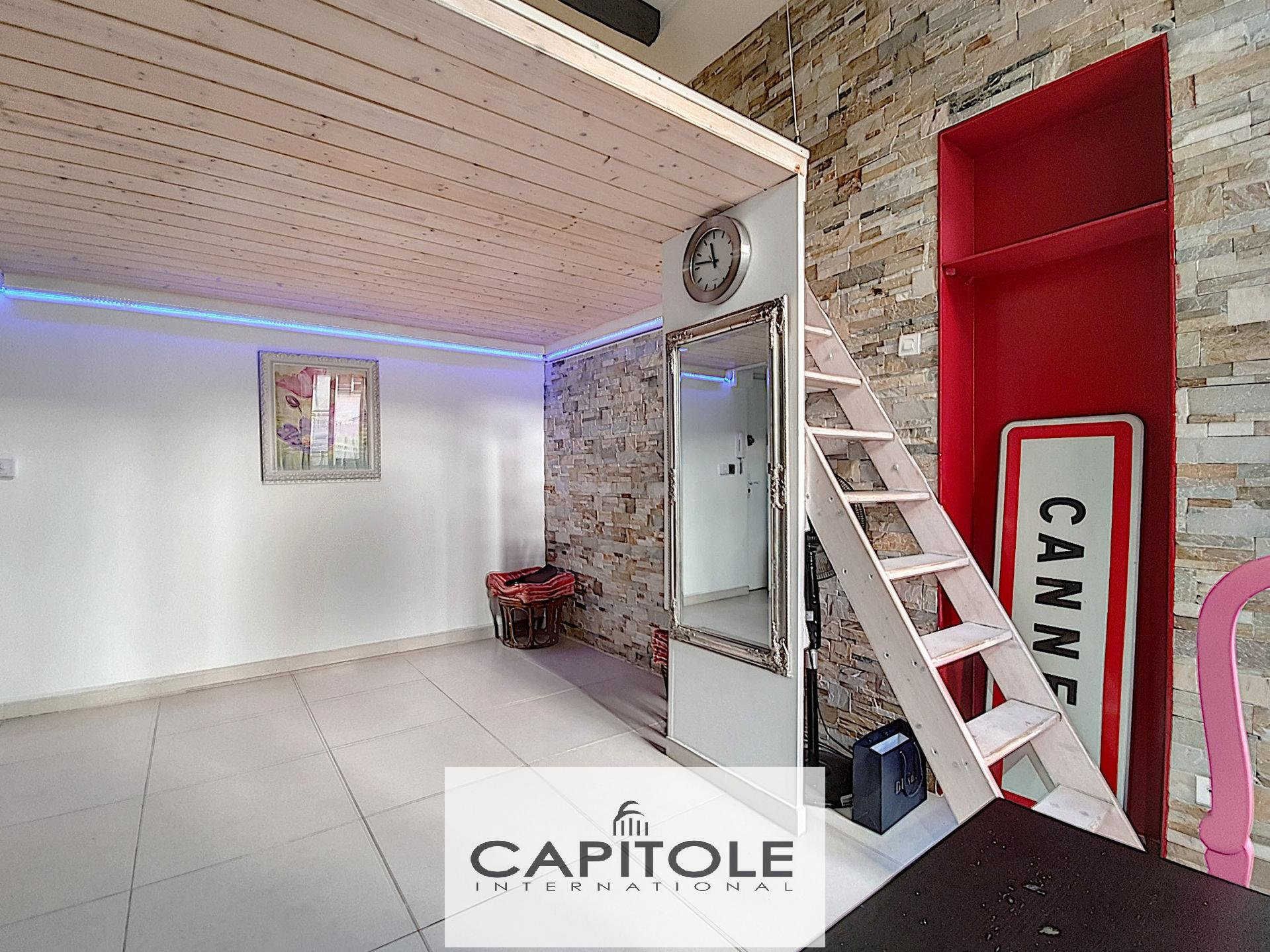 For sale, Cannes, studio apartment with mezzanine