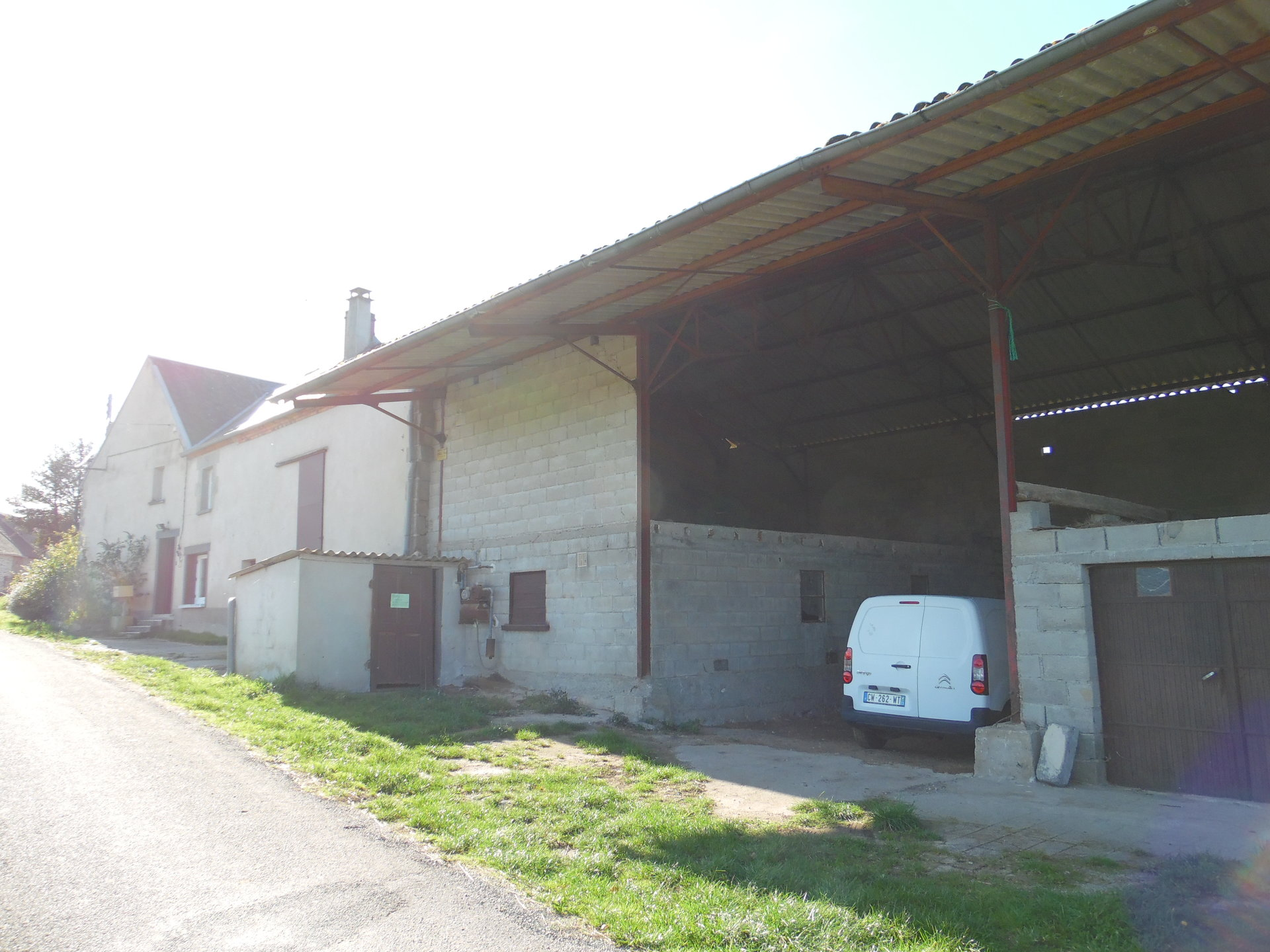 For sale in the Creuse a house, outbuildings and 4800m² .
