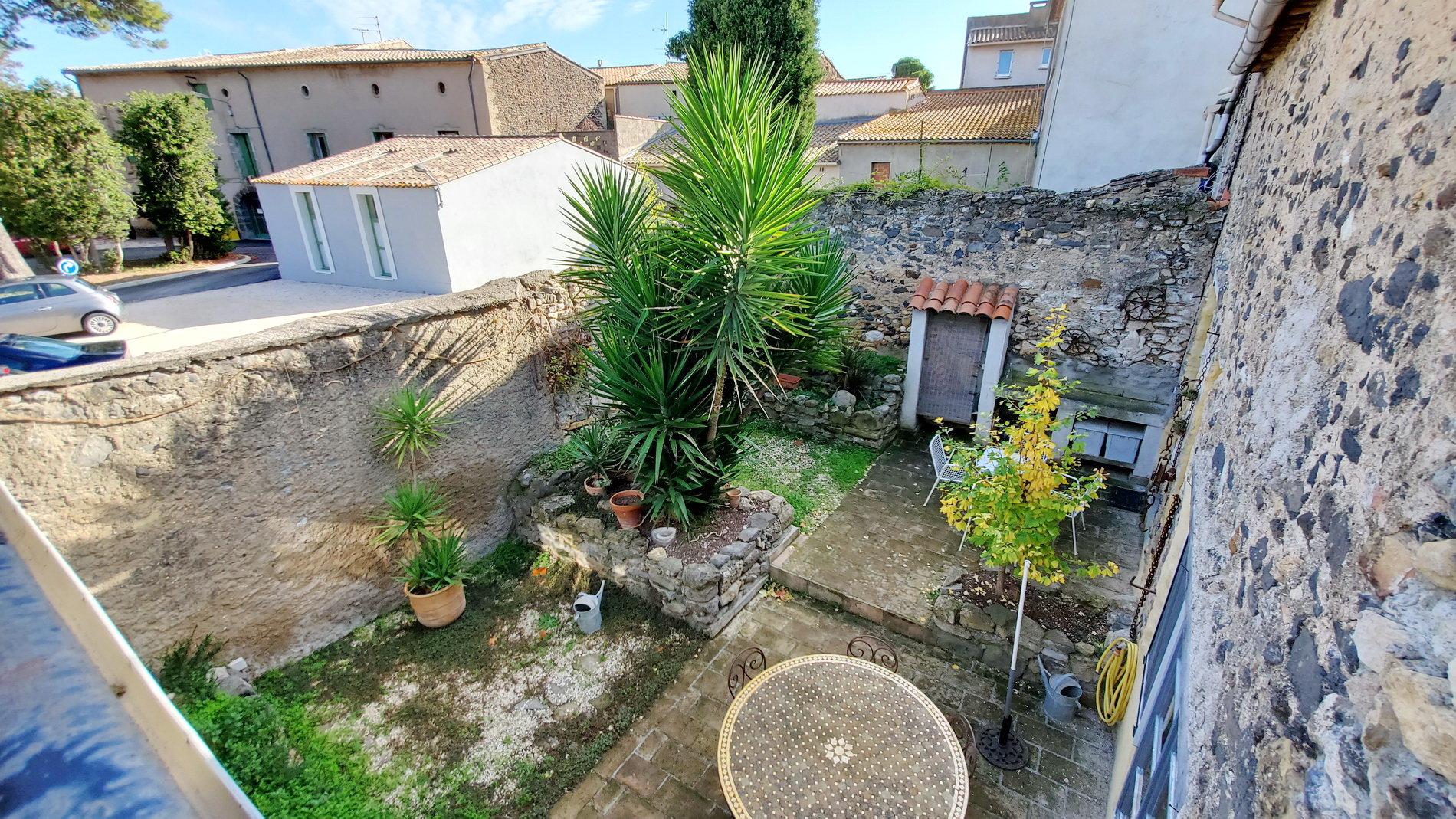 Belle maison de village avec cour et terrasse