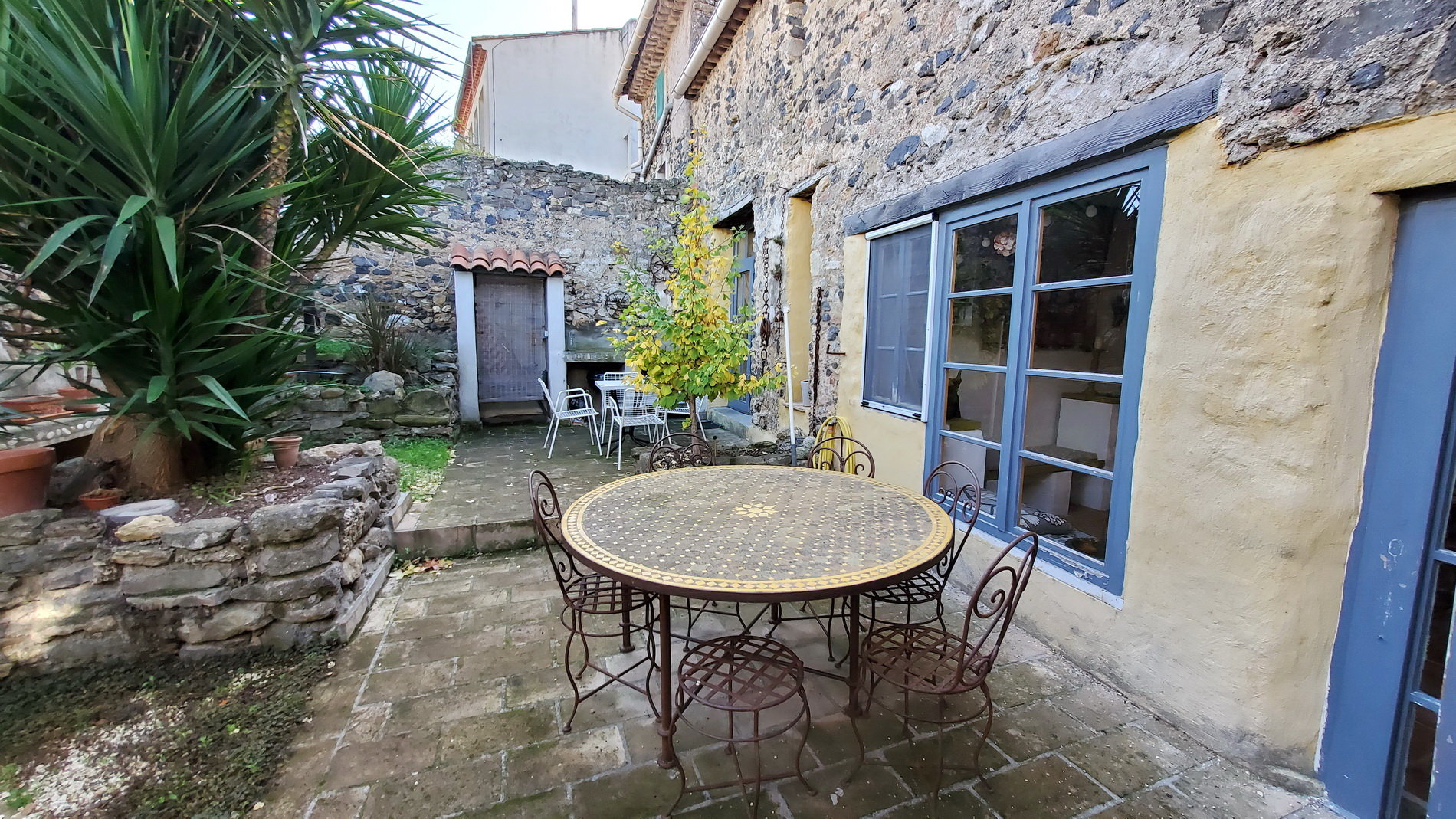 Charming village house with court yard and terrace