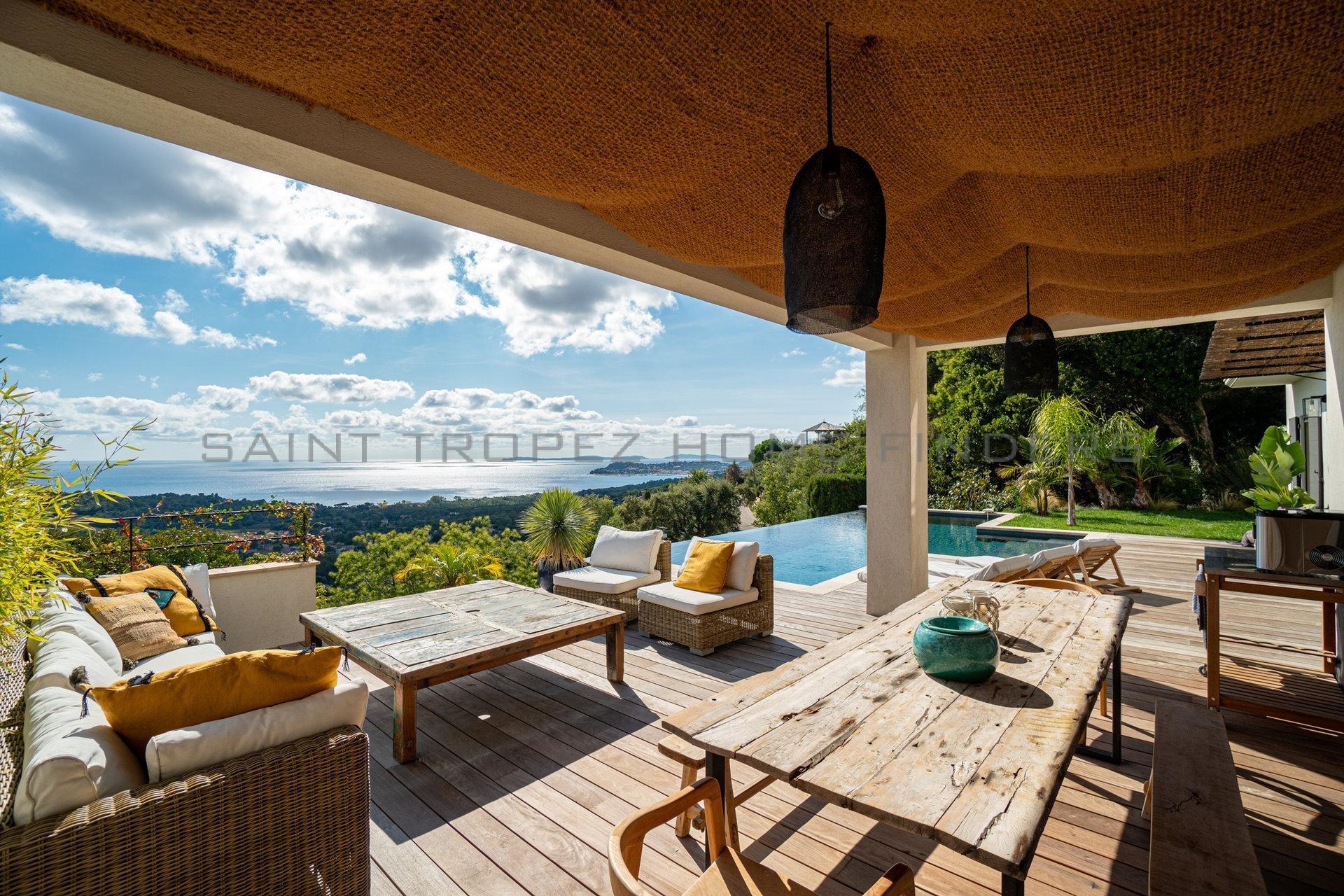Exclusiv: Villa mit Meerblick