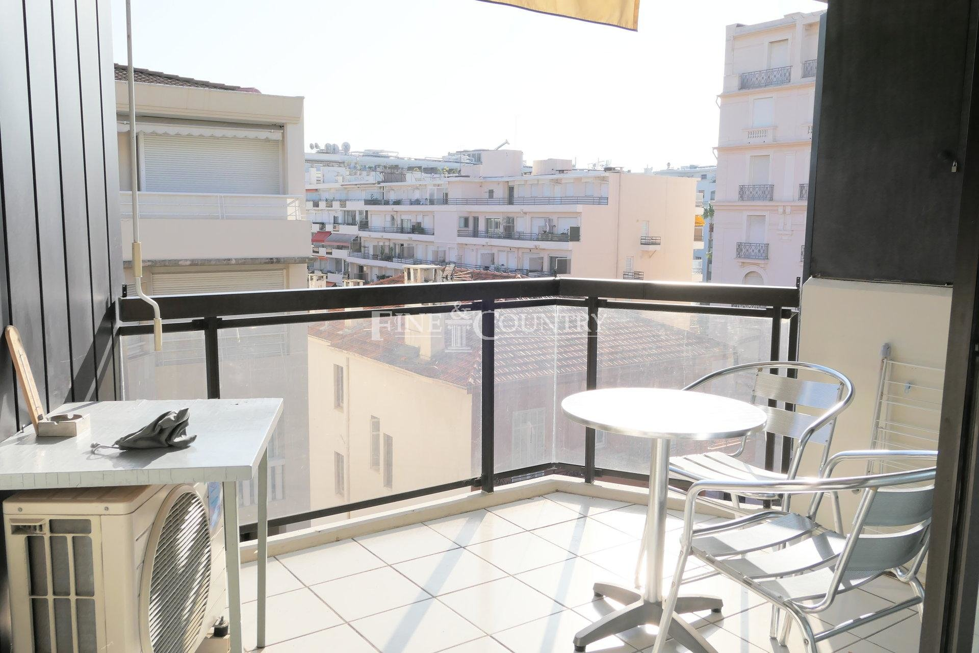 Studio for sale in cannes close to La Croisette