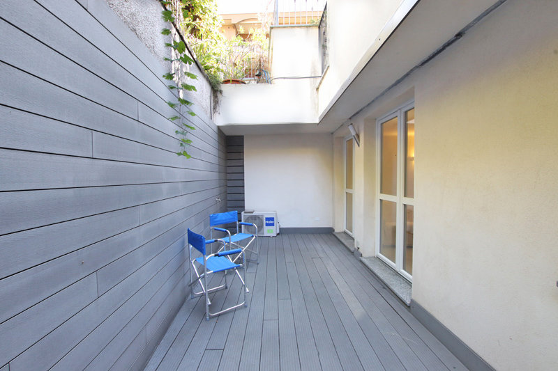 A trendy apartment with large terrace!