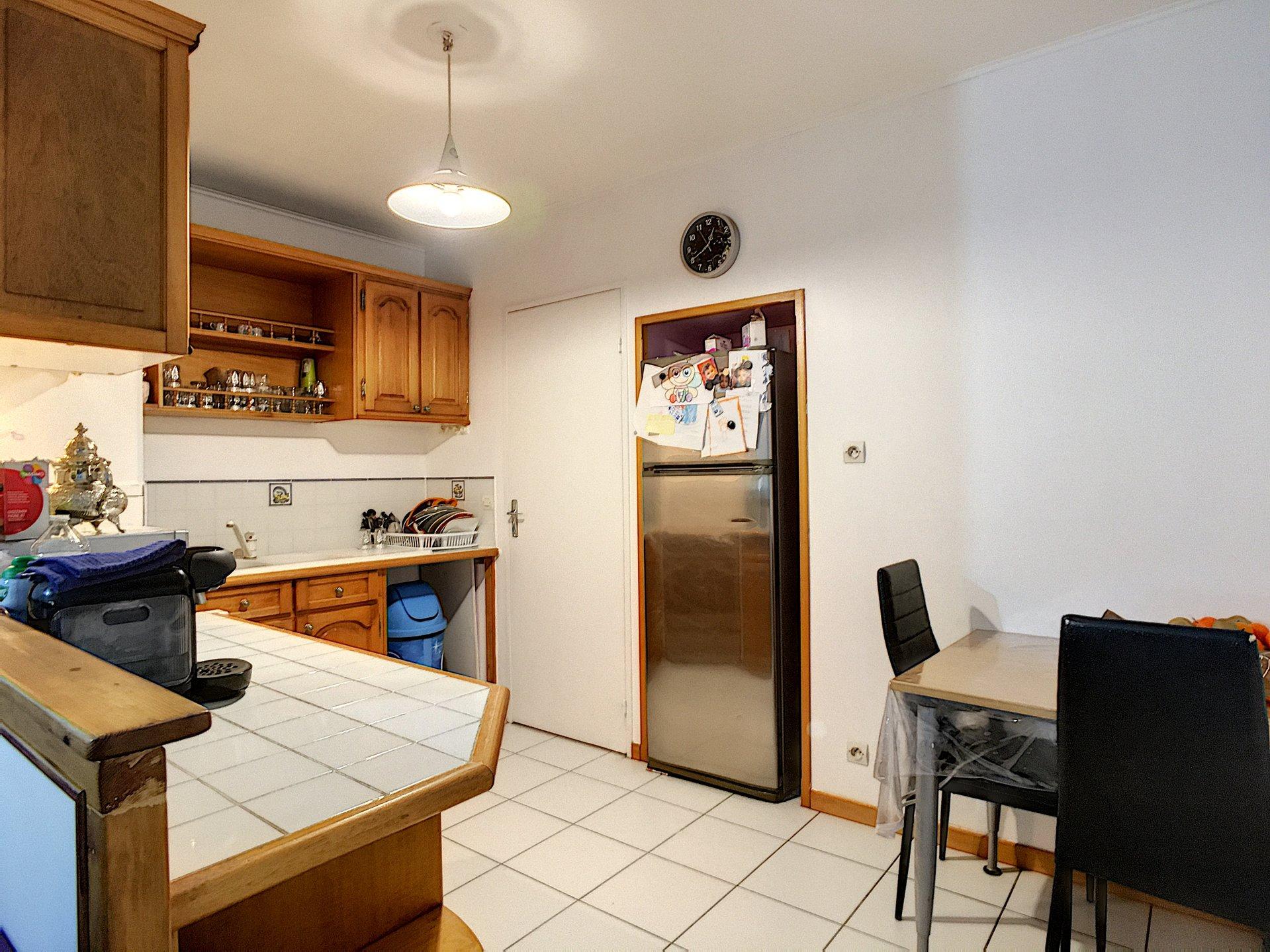 Appartement 3 pièces 70m2 - très bon état