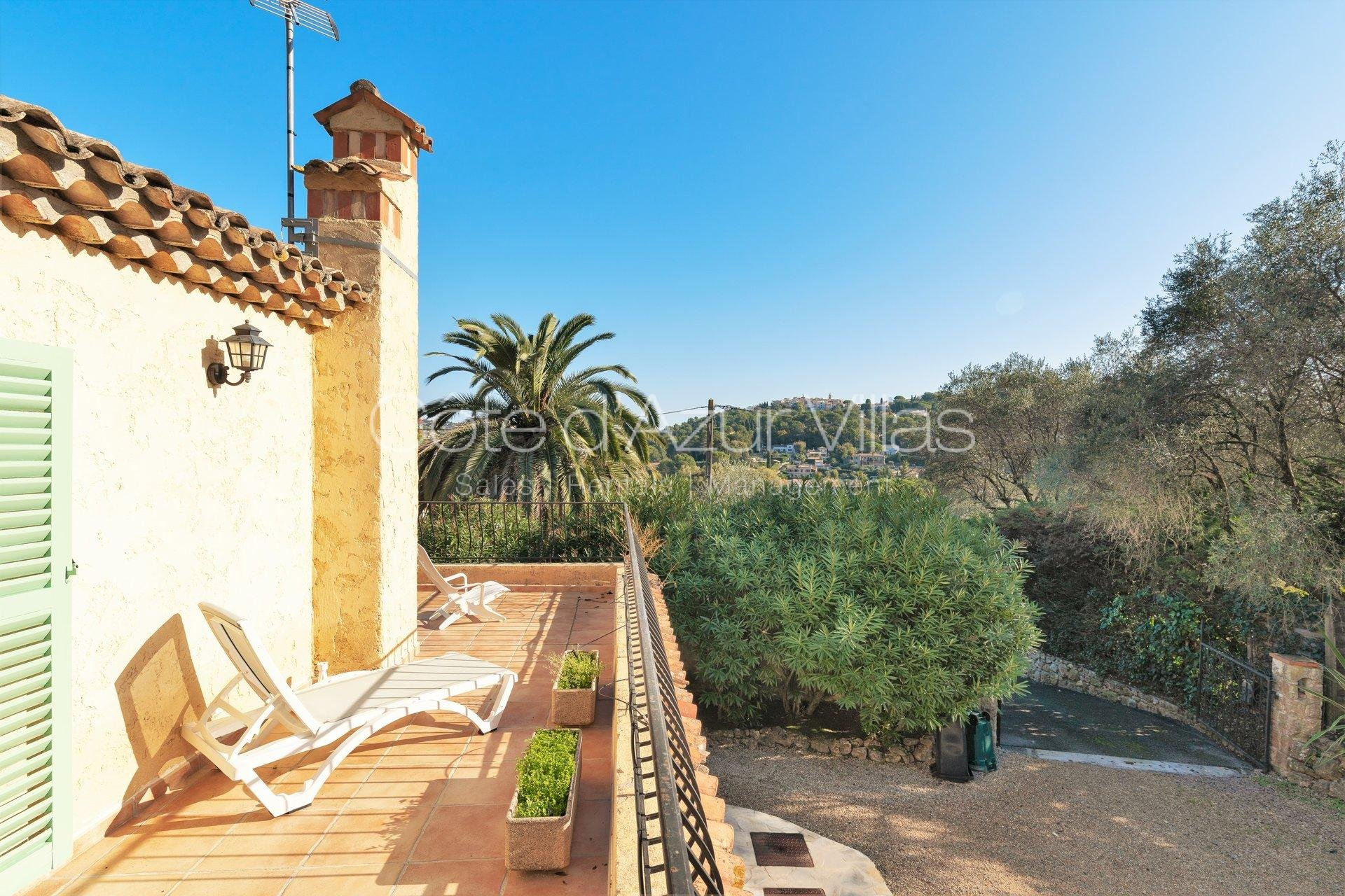Mougins - 4 bedroom house in a quiet area