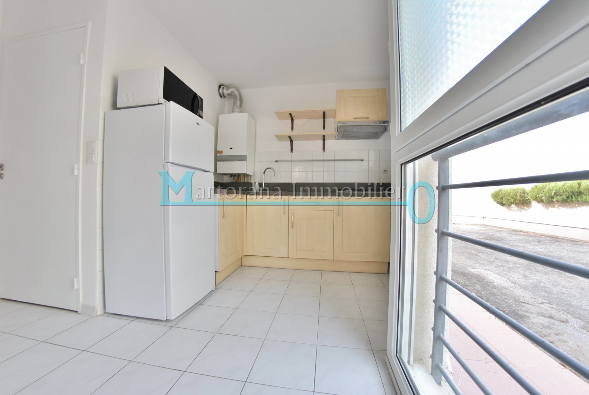 Furnished studio in garden floor in gated residency with pool in the heart of Sophia Antipolis