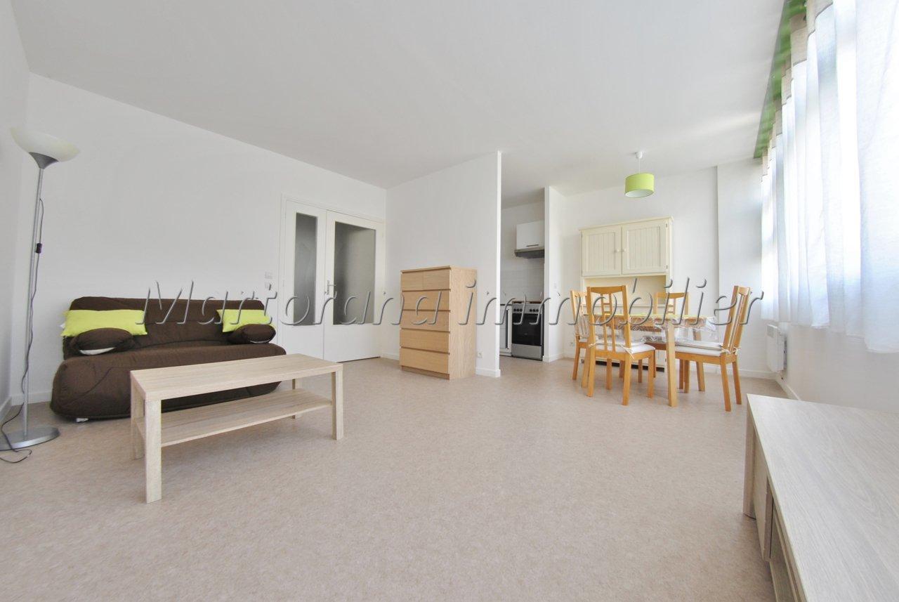 Big furnished studio in ground floor in the heart of Sophia Antipolis