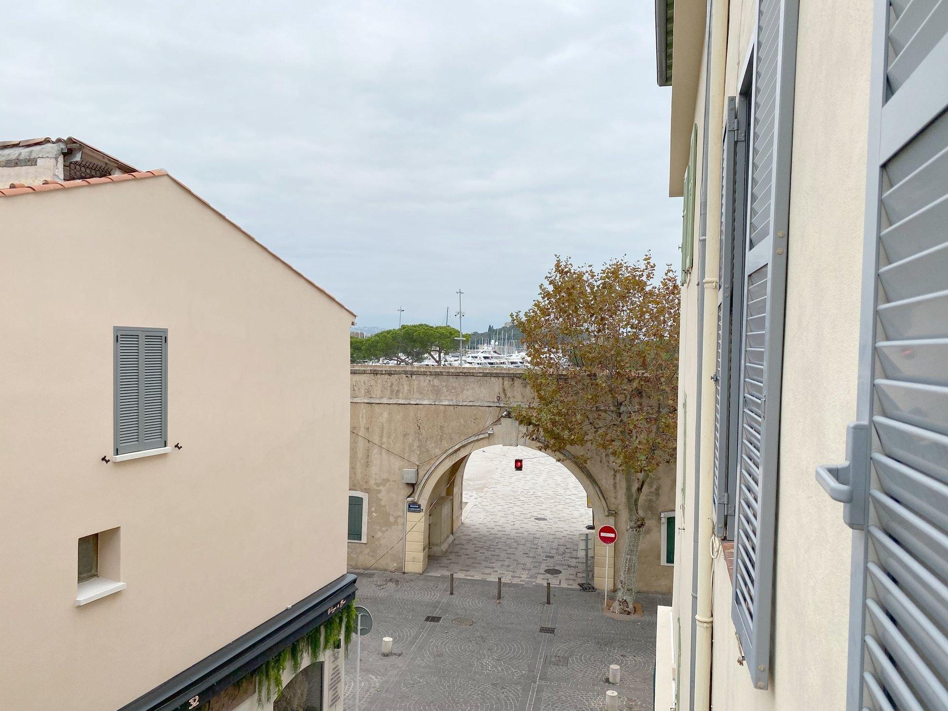2 Pièces - Vieil Antibes/Port